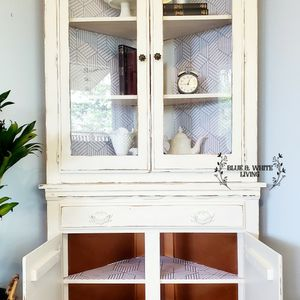 Corner Hutch Delivery for Sale in Happy Valley, OR