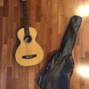 Mitchell Acoustic Travel Guitar With Bag Model SS-F10N for Sale in Scottsdale, AZ