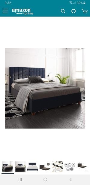 Full size bed for Sale in Lynwood, CA