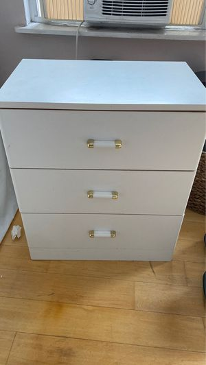White dresser for Sale in New York, NY