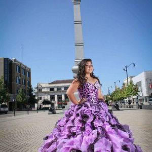 Quinceanera dress for Sale in Milwaukee, WI