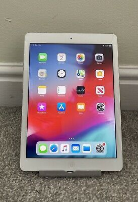 Apple iPad Air 1, 32GB, 9.7in wi-fi only Excellent Condition for Sale in Springfield, VA