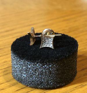 10k Gold Diamonds Earrings (screw backs) for Sale in Dallas, TX