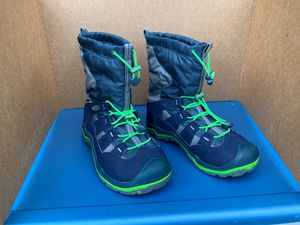 Keens Size 5 Waterproof Boots for Sale in Kirkland, WA