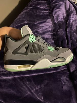 Green glow 4s size 9 for Sale in New Port Richey, FL