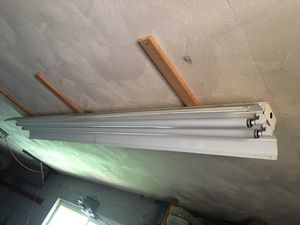 8' fluorescent lights for Sale in York, PA