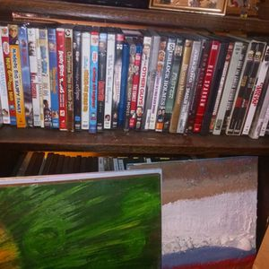 Dvds Good Condition for Sale in Cleveland, OH