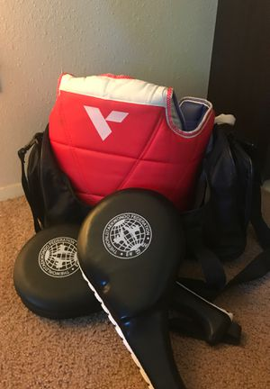 Taekwondo duffle bag/ targets/ sparring gear chest guard for Sale in Mukilteo, WA