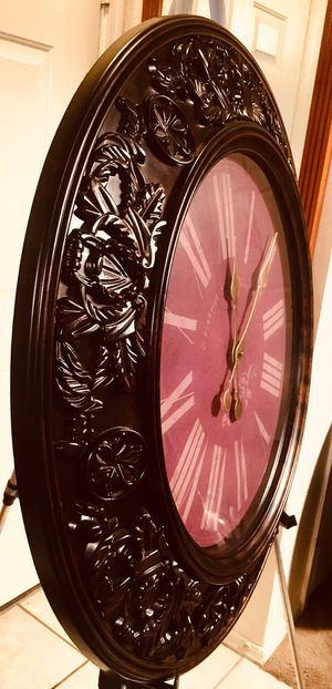 Large, elegantly decorated wall clock, battery operated W30xDeep 2.5 inch excellent for Sale in Chandler, AZ
