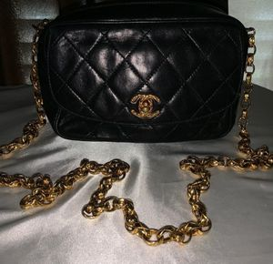 Chanel Vintage Black Lambskin Gold Chain Bag for Sale in Dallas, TX