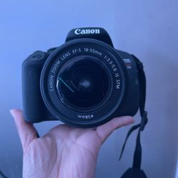 Camera Canon EOS Rebel T5i for Sale in San Jose,  CA