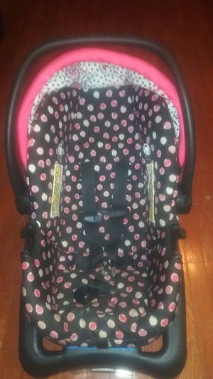 Baby Girl Car Seat for Sale in St. Louis, MO