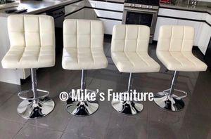 New 4 creamy bar stools $50 each for Sale in Orlando, FL