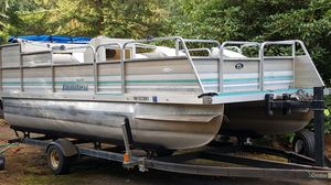 Landau Pontoon boat for Sale in Renton, WA