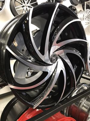 """Lexany Twisted 26"""" Black Machine for ESCALADE and TAHOE for Sale in Houston, TX"""