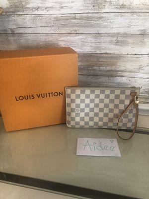 Louis Vuitton neverfull GM pouchette damier azur for Sale in Ooltewah, TN