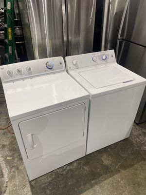 Ge washer and dryer electric works perfect clean 30 days clean for Sale in Salem, MA