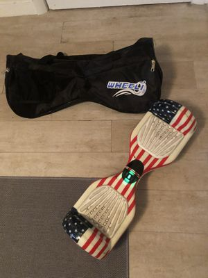 Wheeli Hoverboard American Flag Shell (Charger and bag included) for Sale in Miami, FL
