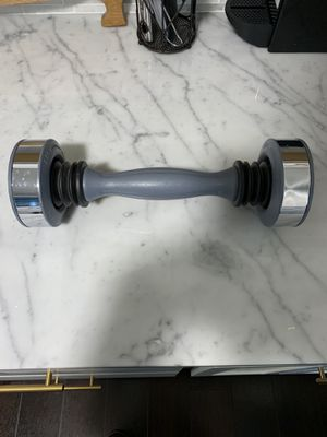 Shake Weight 5 lbs for Sale in Herndon, VA