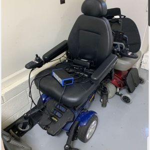 Jazzy Motorized Wheel Chair for Sale in Virginia Beach, VA