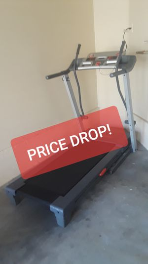 (PRICE DROP!) * PRO-FORM TREADMILL w/heart rate monitor (Vegas Valley & Hollywood) for Sale in Las Vegas, NV