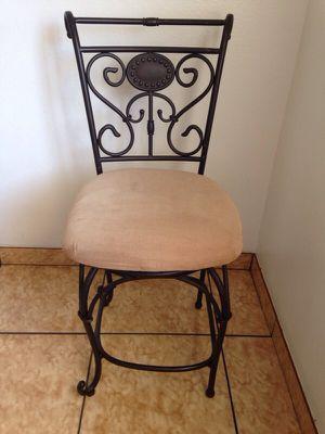 1 bar chair for Sale in Mesa, AZ