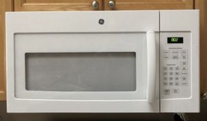 GE 1000 watt over range microwave, 2 years old. Like new! for Sale in Oregon City, OR