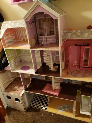 Doll house (cheak description) for Sale in Laurel, MD