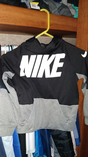 Nike sweater for Sale in Vacaville, CA