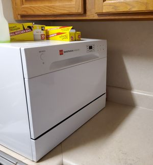 Countertop Dishwasher for Sale in Benton, IL