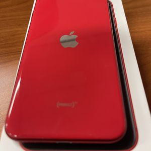 iPhone SE (2020) Red 64GB Metro PCS for Sale in Sacramento, CA