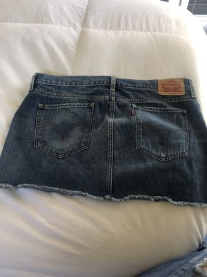 Levi skirt for Sale in Chula Vista, CA