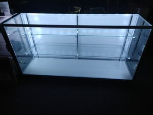 Glass display case for Sale in Richfield, OH