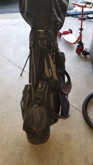Golf clubs and bag for Sale in Leesburg, VA