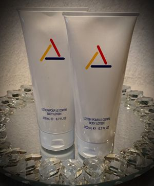 LOT OF 2! Liz Claiborne Perfumed Body Lotion Luxury Full Size 6.7 fl oz/200ml NEW Made in USA for Sale in San Diego, CA