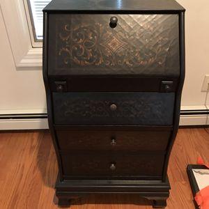 Small desk/ cabinet for Sale in East Brunswick, NJ