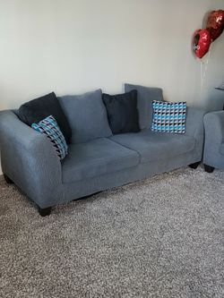 Sofa And Love Seat for Sale in Columbus,  OH