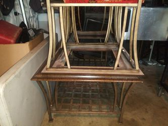 2 End Table And A Coffee Table for Sale in Pomona,  CA