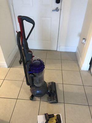 Dyson vacuum for Sale in North Miami, FL