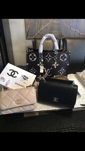 Handbag each $270 for Sale in Pico Rivera, CA