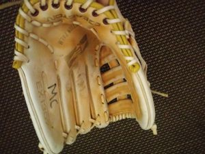 Softball glove baseball mitt for Sale in San Leandro, CA