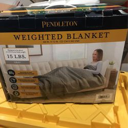Pendleton Gray Quilted Weighted Blanket 15lbs for Sale in Menifee,  CA