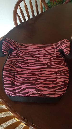 Zebra pink girls booster car seat for Sale in Newark, OH