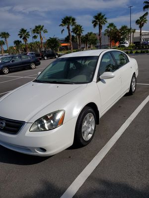 2002 5 SPEED NISSAN ALTIMA W/127K MILES/REDUCED PRICE for Sale in Jacksonville, FL
