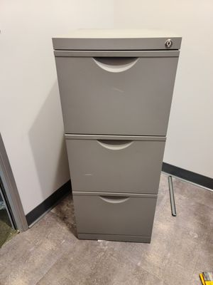 File cabinet with key lock - gray metal for Sale in Laguna Woods, CA