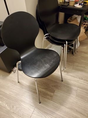 4 dining chairs for Sale in Cambridge, MA