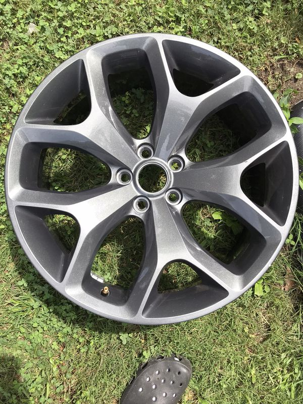 Dodge Challenger rims