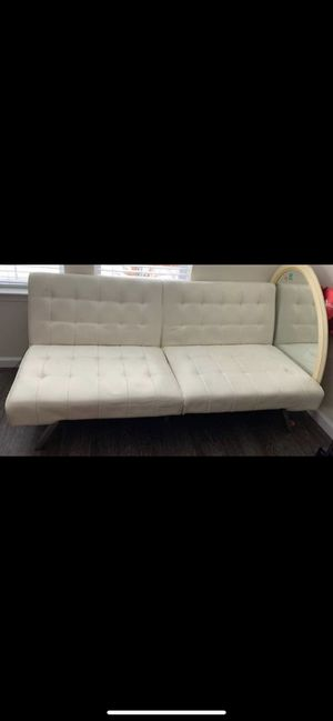 Couch for Sale in Elk Grove, CA