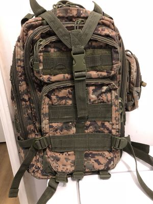 Used Military Backpack** for Sale in Fisherville, TN