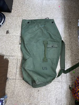 Military duffel bag for Sale in College Station, TX